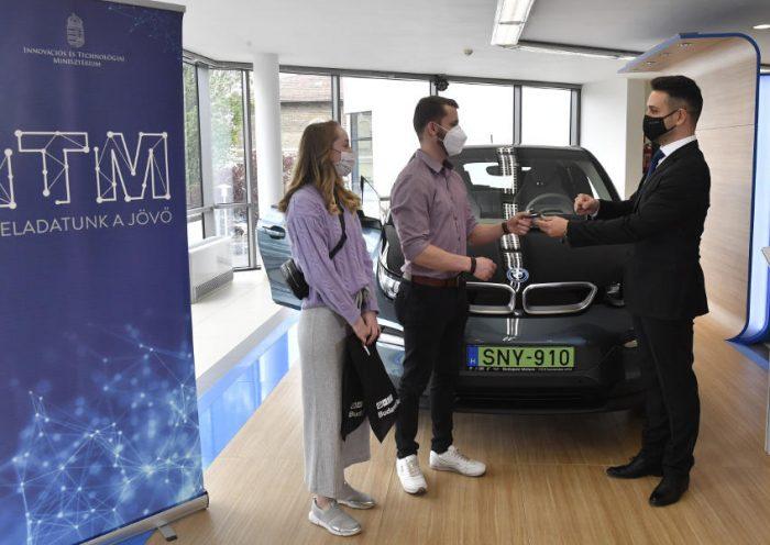 Új pályázat elektromos gépjárművek támogatására